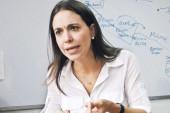 """""""Maduro viola los derechos de los venezolanos y colombianos residentes"""""""