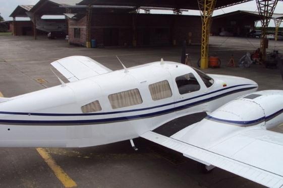 Dos personas mueren al estrellarse una avioneta de instrucción en Panamá