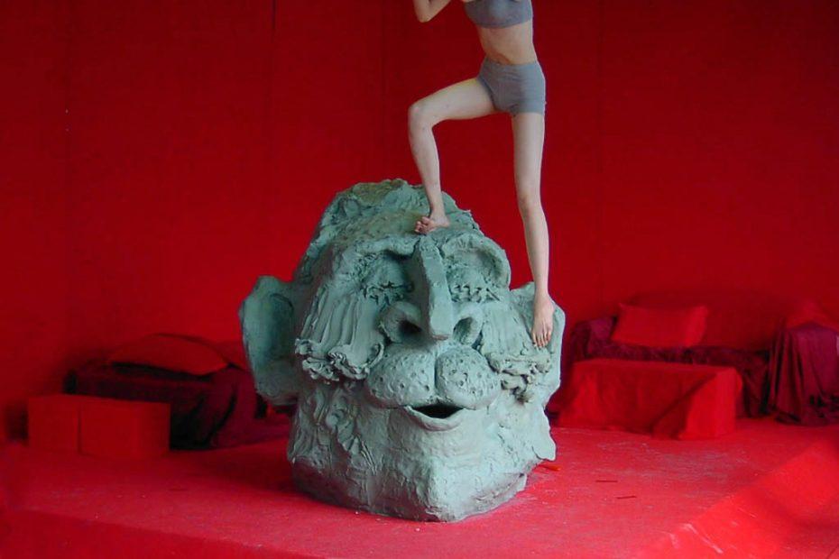 arte antiguo atrae a los escultores japoneses modernos a México